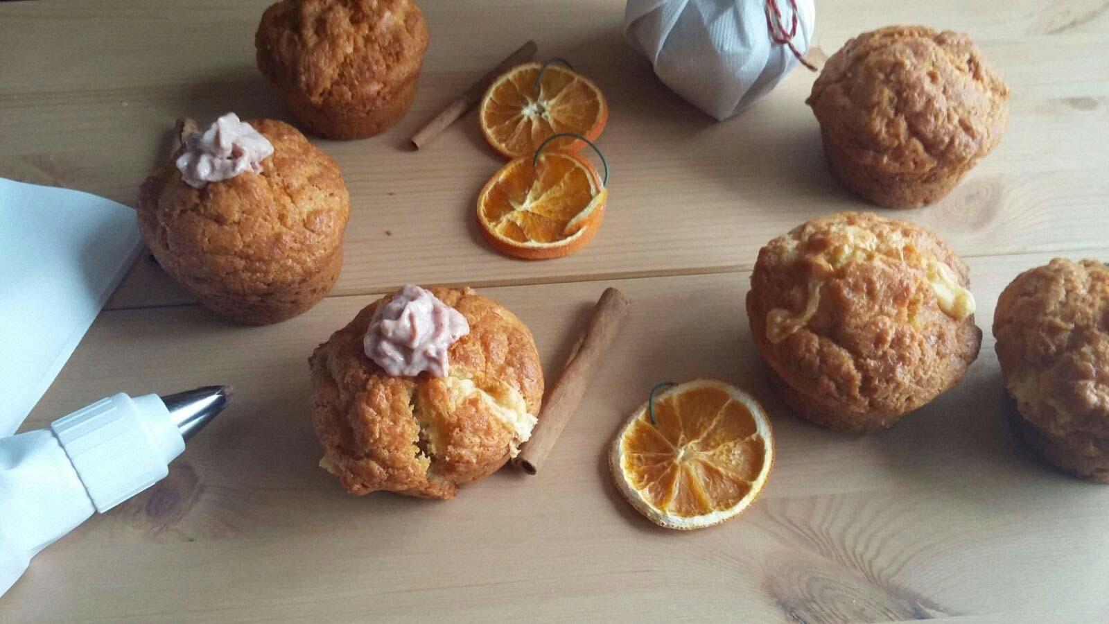 Muffin al formaggio con mousse di cotechino